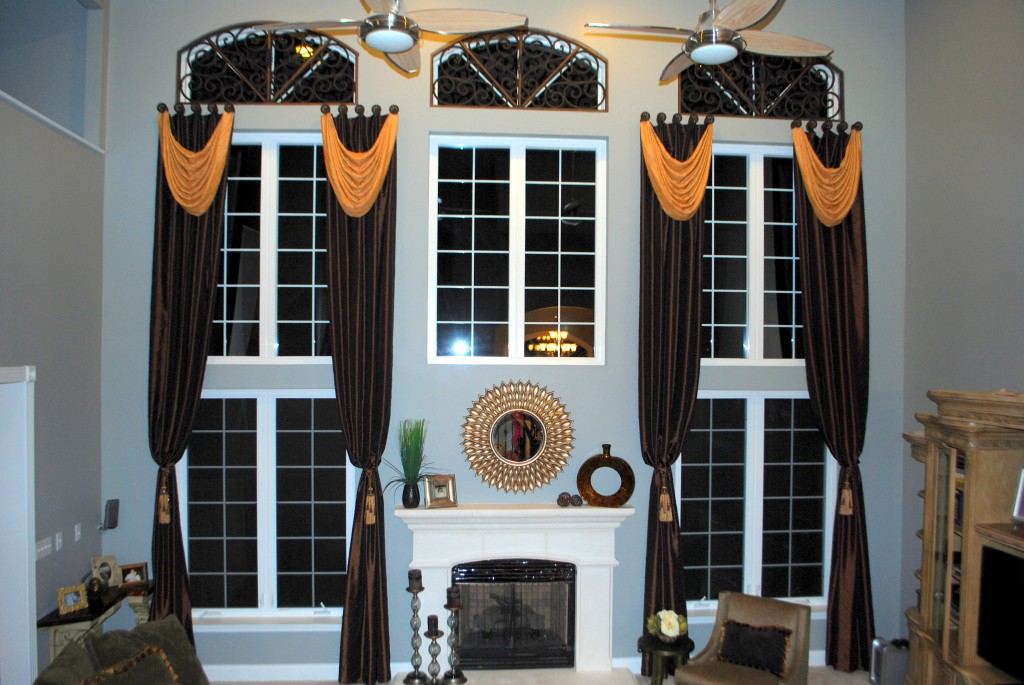 2 - Story Window Treatment on Medallions with Tableux