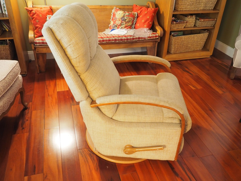Lazy Boy recliner before