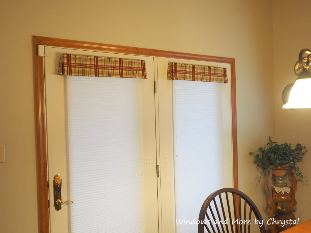 Flat Valances with Kickpleats