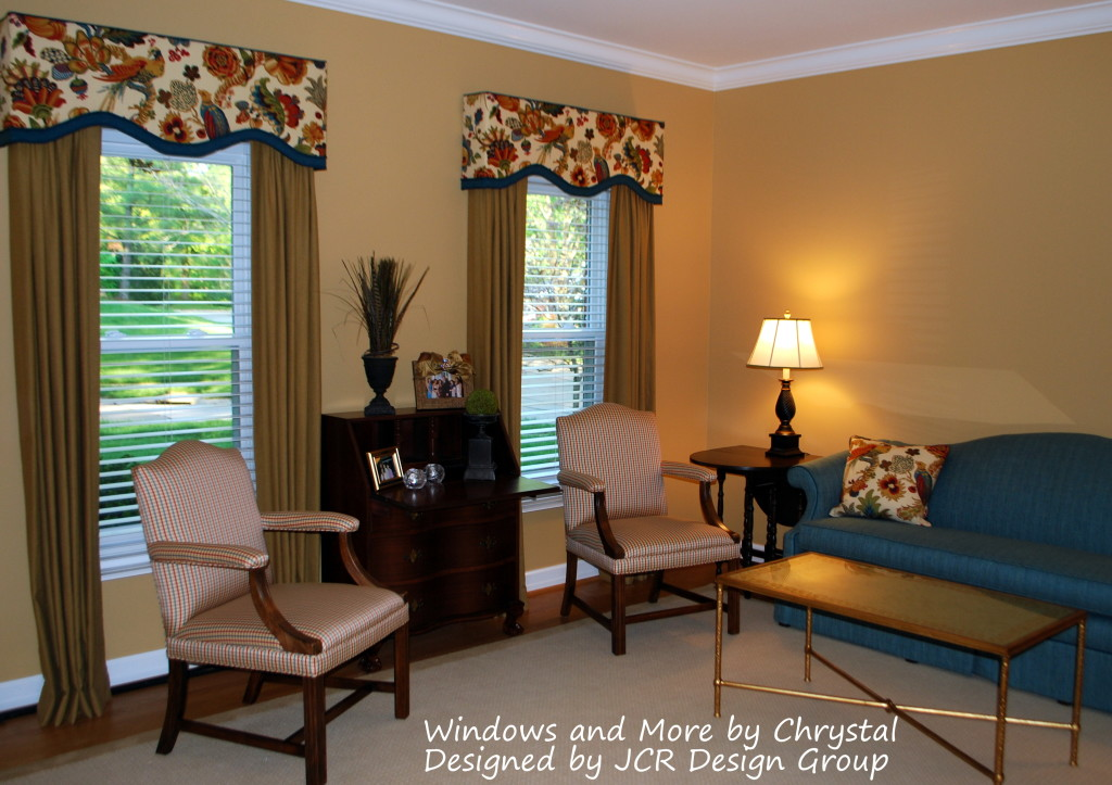 Living Room Cornices And Drapes